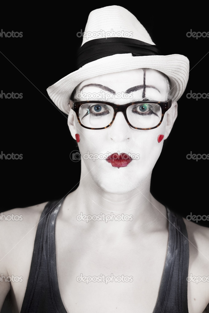 Mime in white hat and glasses on black background — Stock Photo #3578375