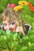 草の女性 — ストック写真