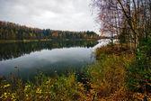 Höstens sjö — Stockfoto