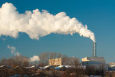 грязные дыма на небе — Стоковое фото