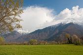 Berge am himmel — Stockfoto