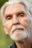 Portrait of elderly man — Stock Photo