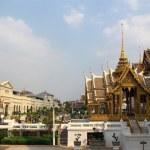 Wat Phra Kaeo in Bangkok — Stock Photo #2756884