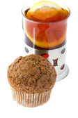 Muffin with tea — Stock Photo
