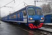 Train de voyageurs électrique — Photo