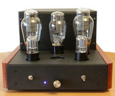 Vacuum tube amplifier — 图库照片
