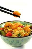 Ris med asiatiska räkor — Stockfoto