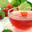 Strawberry-lime tea — Stock Photo