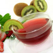 Strawberry Kiwi Tea — Stock Photo