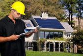 建筑工人与剪贴板 — 图库照片