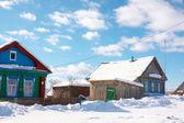Деревня в зимнее время — Стоковое фото