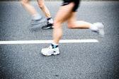 Kör i maraton, rörelseoskärpa — Stockfoto