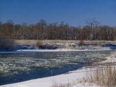 Замораживание река — Стоковое фото