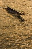 Barco de chao phraya, bangkok, tailandia — Foto de Stock
