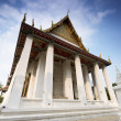 Buddhist temple in Bangkok — Stock Photo