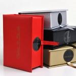 Chocolate and praline box — Stock Photo #2977389