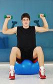 Man fitnessutövaren — Stockfoto