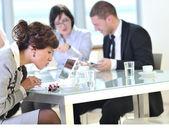 会議でのビジネスのグループ — ストック写真