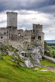 Old castle ruins in Poland in Europe — Stock Photo