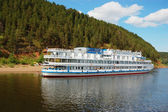 White river cruise boat — Stock Photo