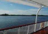 Cerca de una cubierta de barco de la travesía — Foto de Stock