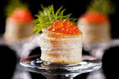 Tartlets with red caviar — Fotografia Stock
