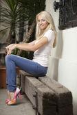 высокие каблуки блондинка — Стоковое фото