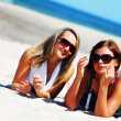 Young girls on the summer beach — Foto Stock