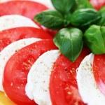 Caprese salad — Stock Photo #3054999