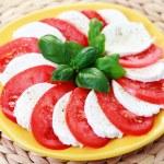 Caprese salad — Stock Photo #3055023