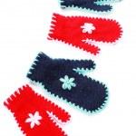 czerwone i niebieskie rękawice — Zdjęcie stockowe
