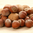 Hazelnuts and walnuts — Stock Photo