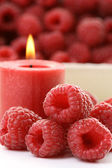 Raspberry candle — Stock Photo