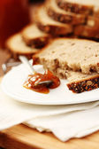 Whole wheat bread and jam — Stock Photo