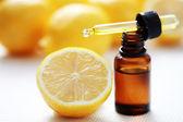 柠檬精油 — 图库照片