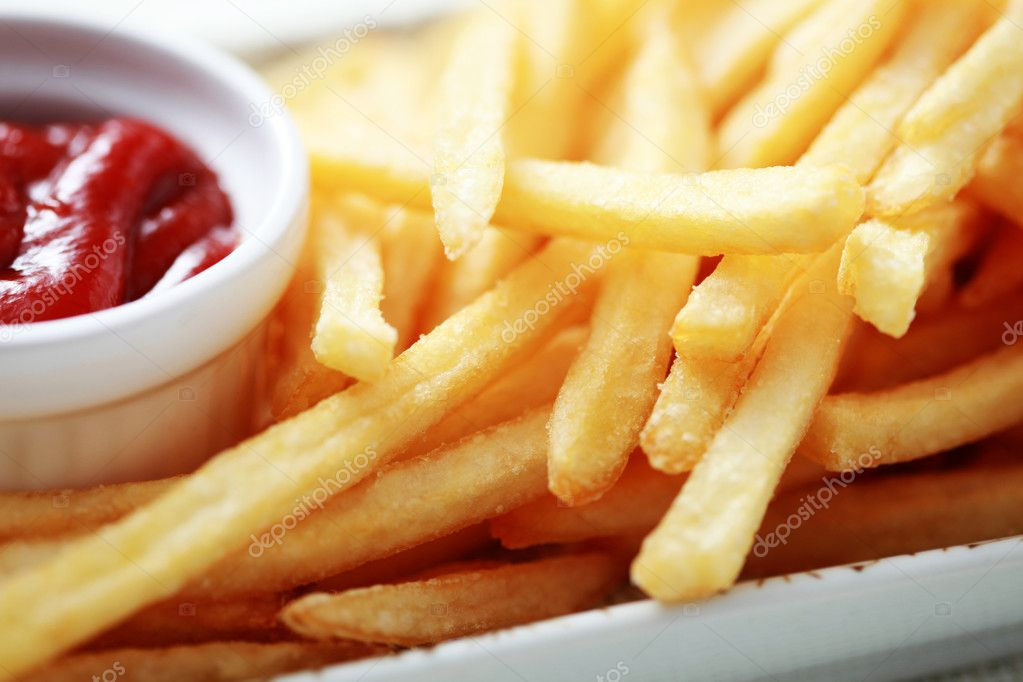 Close-ups of french fries and ketchup - food and drink — Zdjęcie stockowe #4577493