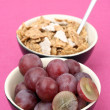 Musli and grapes — Stock Photo