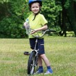 Preschooler and bike — Stock fotografie