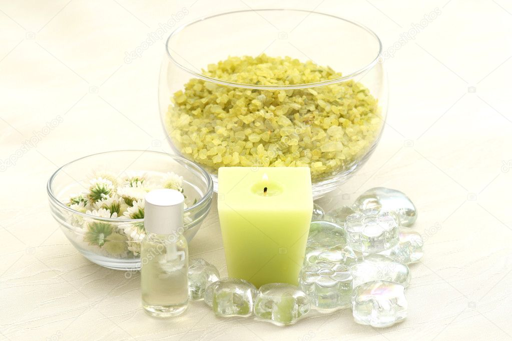 Aromatic oil white flowers and bath salt  Stock Photo #4605477