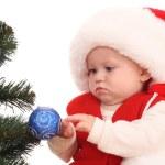 kız bebek ve Noel ağacı — Stok fotoğraf