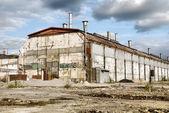 Magazzino industriale abbandonato — Foto Stock