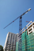 Steel crane at building site — Photo