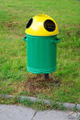Green wheelie recycle bin — Stock Photo