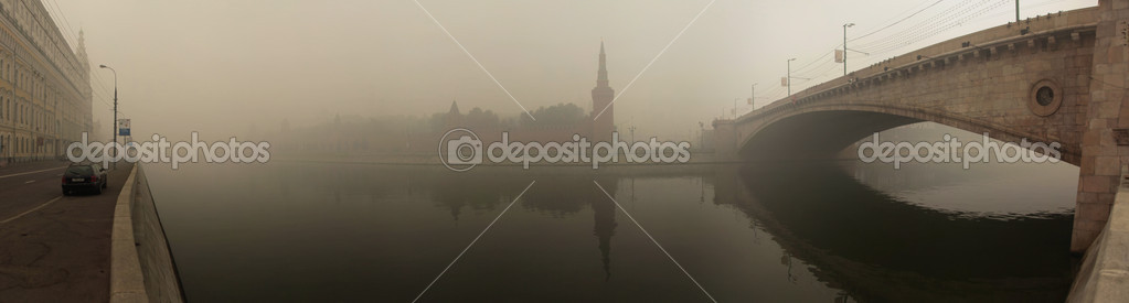 Wildfire in Moscow, Russia, 07-AUG-2010, day of worst ecological situation in Moscow — Stock Photo #3879848