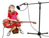 Девушка в аудио студии — Стоковое фото