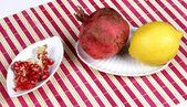 Grenade et citron — Photo