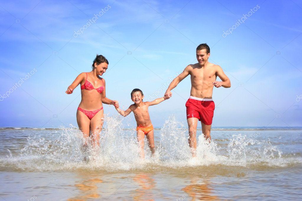 семейный отдых нудисты фото