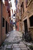 Узкие улицы города Ровинь — Стоковое фото