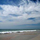 Sea and sky with clouds — Stock Photo