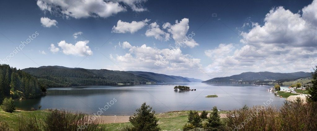 Mountain lake  Stock Photo #3089908